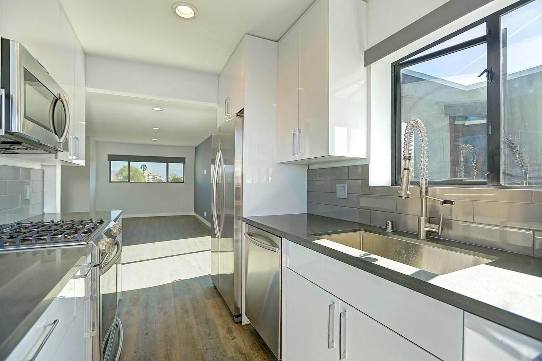 VillaRebecca-Apartment-Remodeled-Kitchen